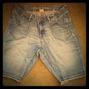 Arizona Bermuda Jean Shorts
